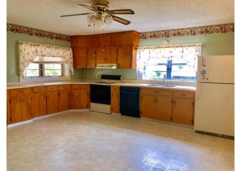2 Bedroom Home on Farm In New Hope, TN.